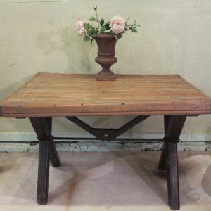 A 19TH CENTURY PINE TAVERN TABLE