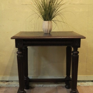 A 19TH CENTURY FRENCH HALL TABLE